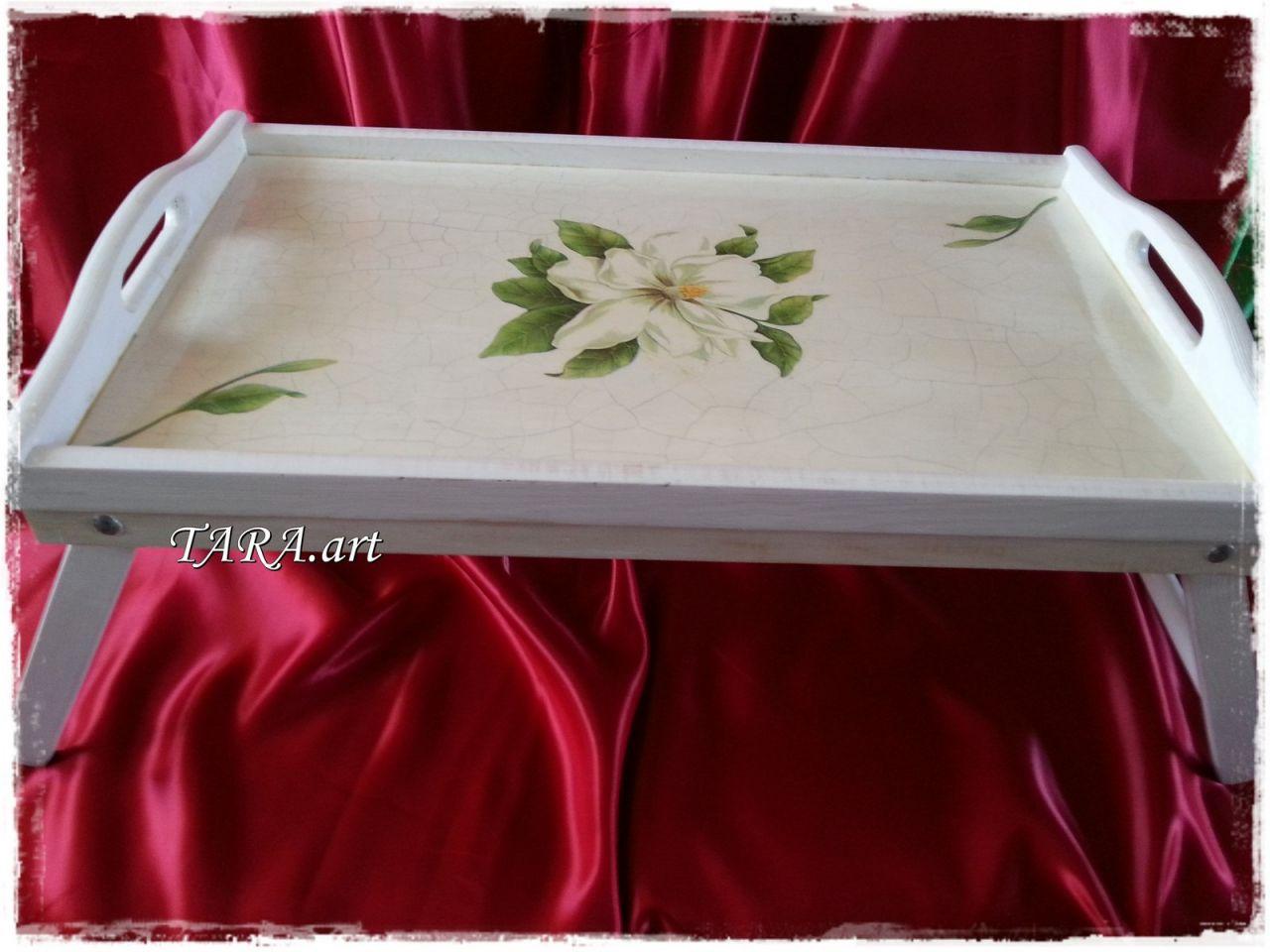 Taca - stolik śniadaniowy - magnolia